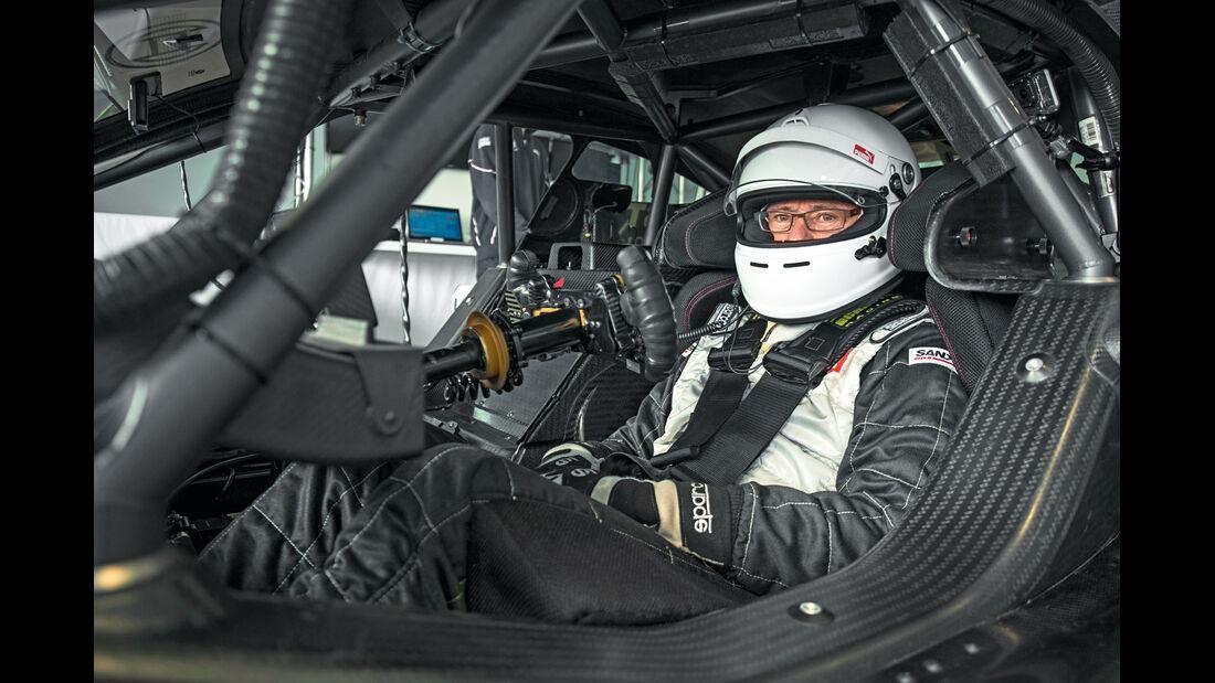 DTM-BMW, Cockpit