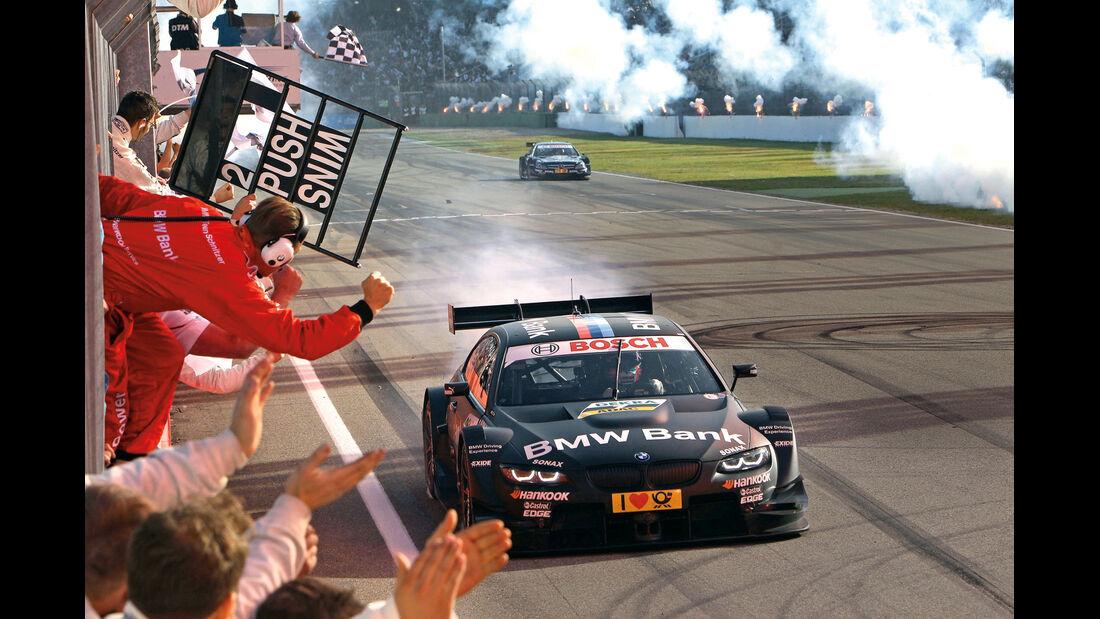 DTM BMW M3, Frontansicht, Zieldurchfahrt