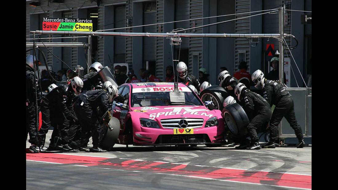 DTM Lausitzring 2010 Susie Stoddart Mercedes C-Klasse