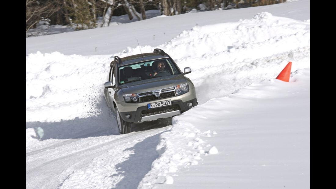 Dacia Duster, Kurvenfahrt
