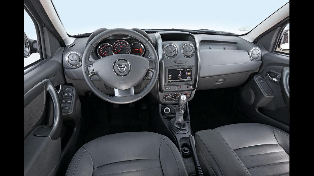 Dacia Duster dCi 110 4x4, Cockpit