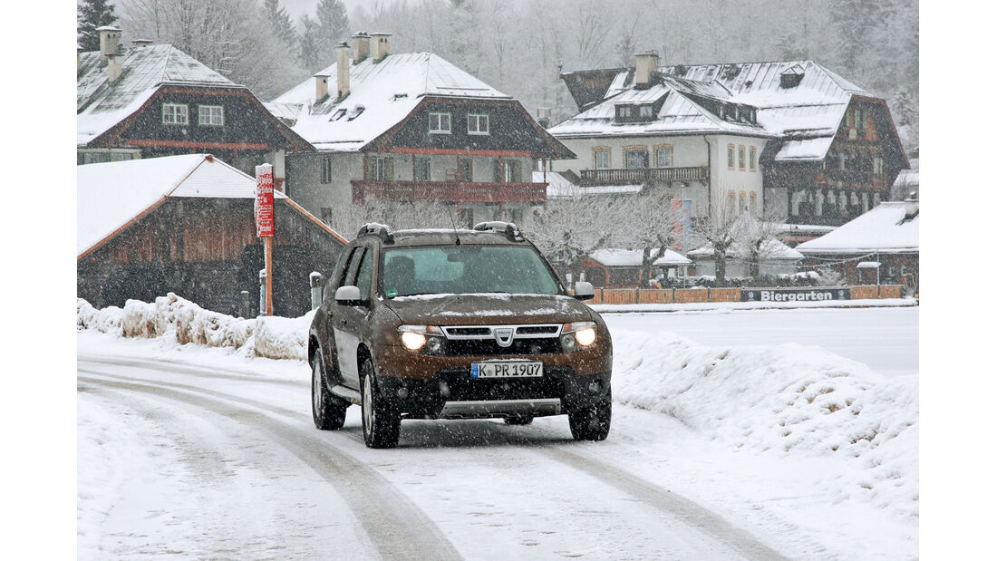 Dacia Duster dci 110 4X4, Front, Schnee