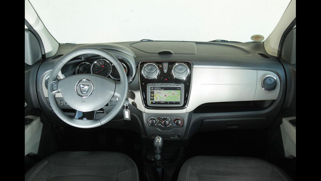Dacia Lodgy dCi 110, Cockpit, Lenkrad