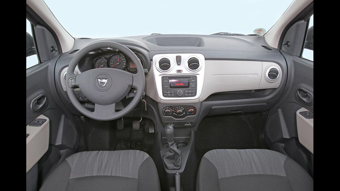 Dacia Lodgy dCi 90, Cockpit, Lenkrad