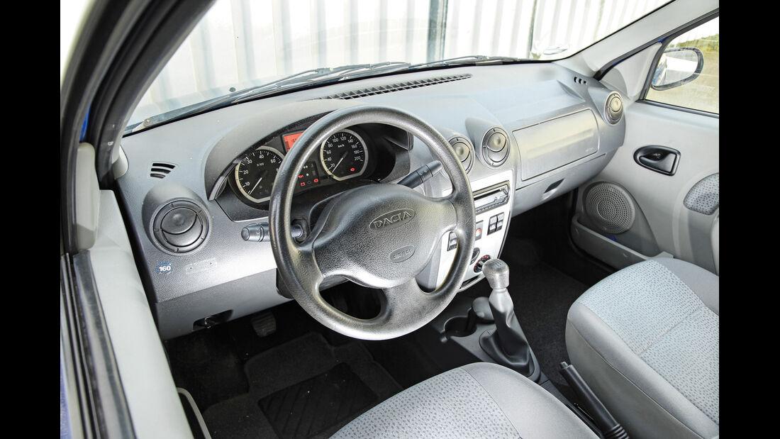 Dacia Logan 1.4 MPI, Cockpit, Lenkrad