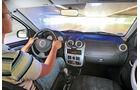Dacia Sandero, Innenraum, Cockpit