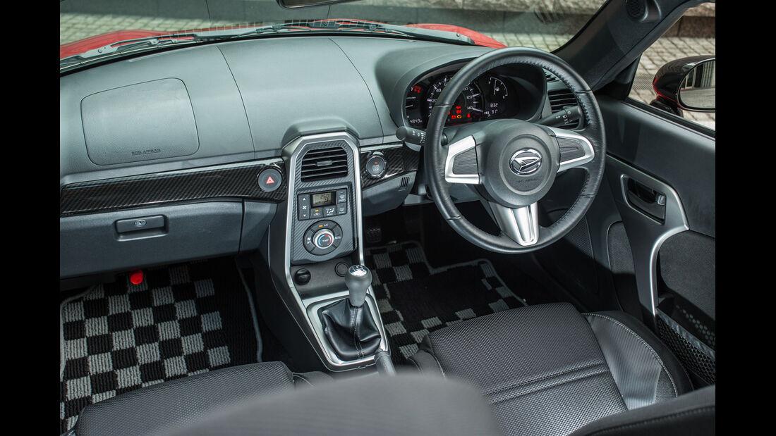 Daihatsu Copen Robe, Cockpit