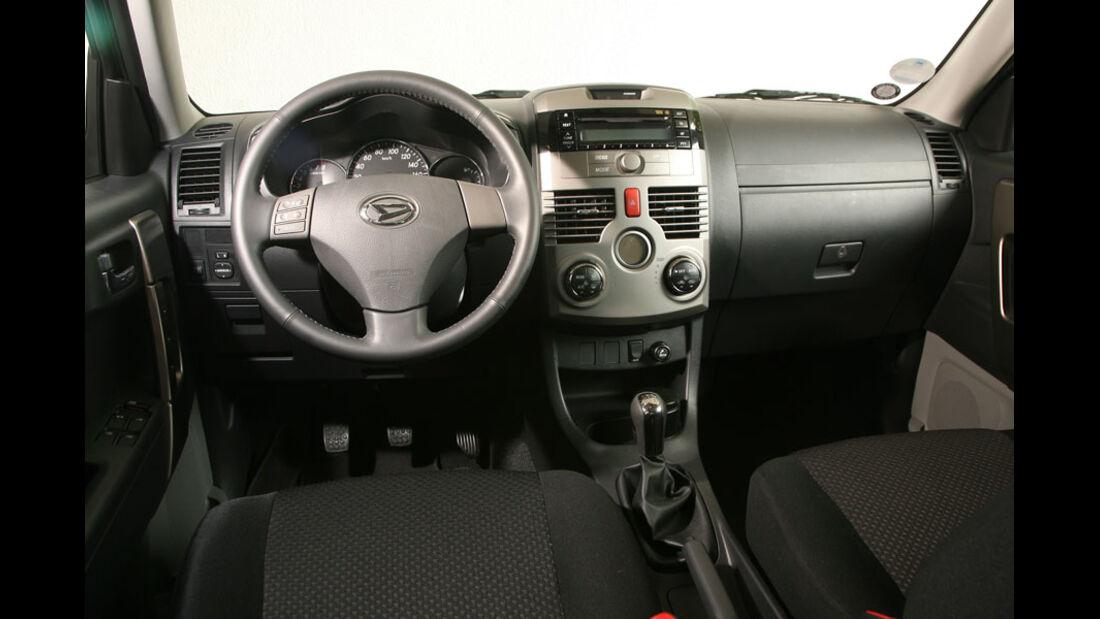 Daihatsu Terios 1.5 2WD, Cockpit