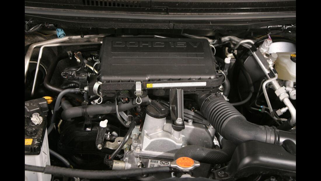 Daihatsu Terios 1.5 2WD, Motor