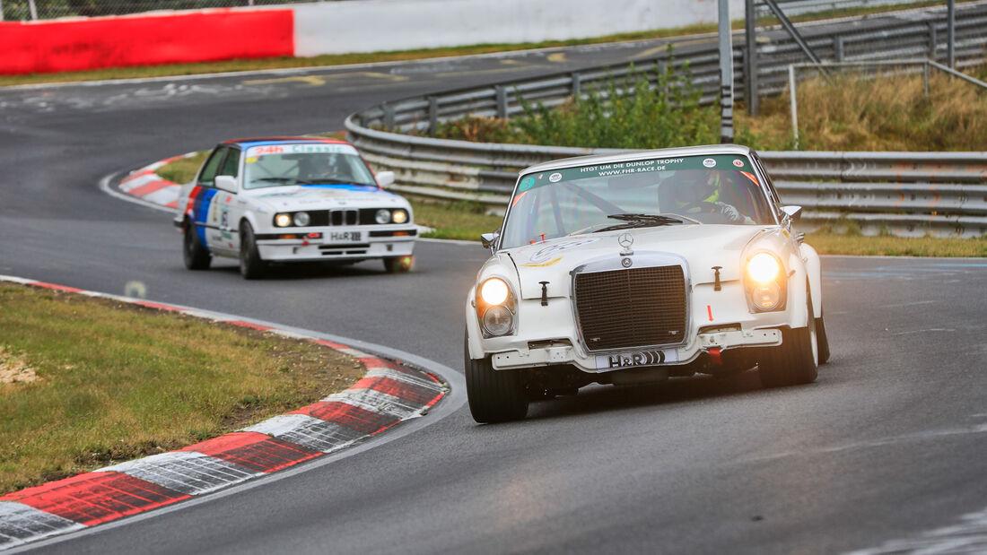 Daimler Benz 300 SEL 6.3 - Startnummer 613 - 24h Classic - 24h Rennen Nürburgring - Nürburgring-Nordschleife - 25. September 2020