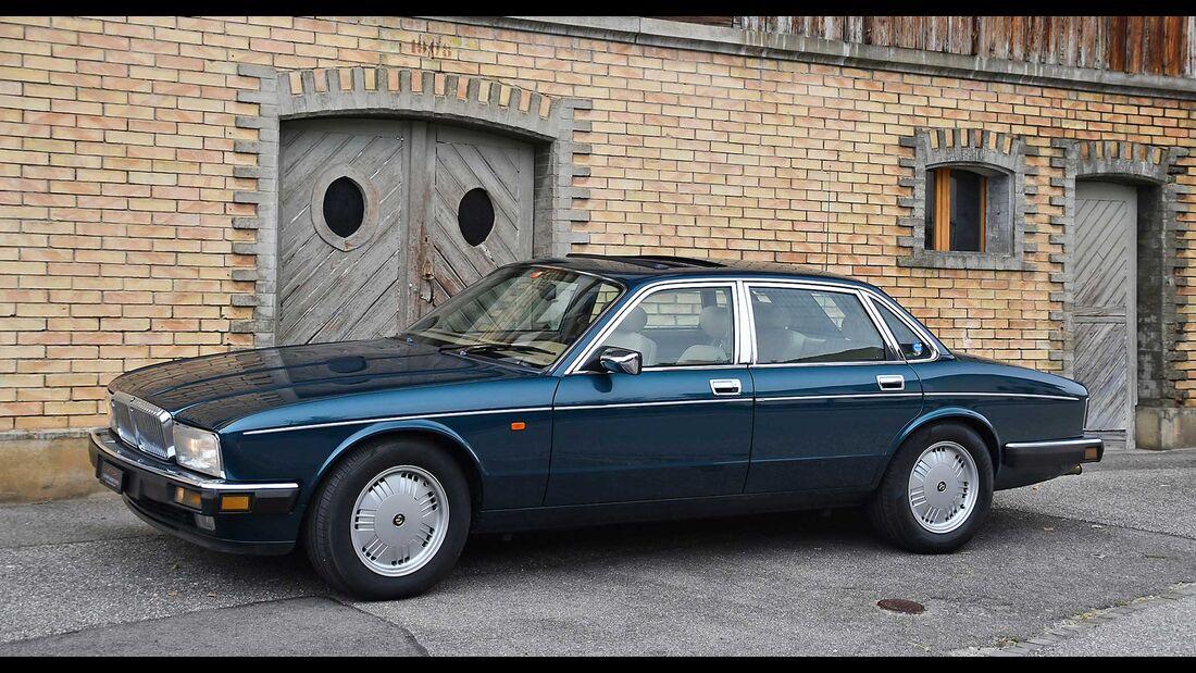 Daimler-Double-Six-6,0-1993