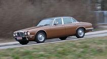 Daimler Double-Six Vanden Plas Series II, Seitenansicht
