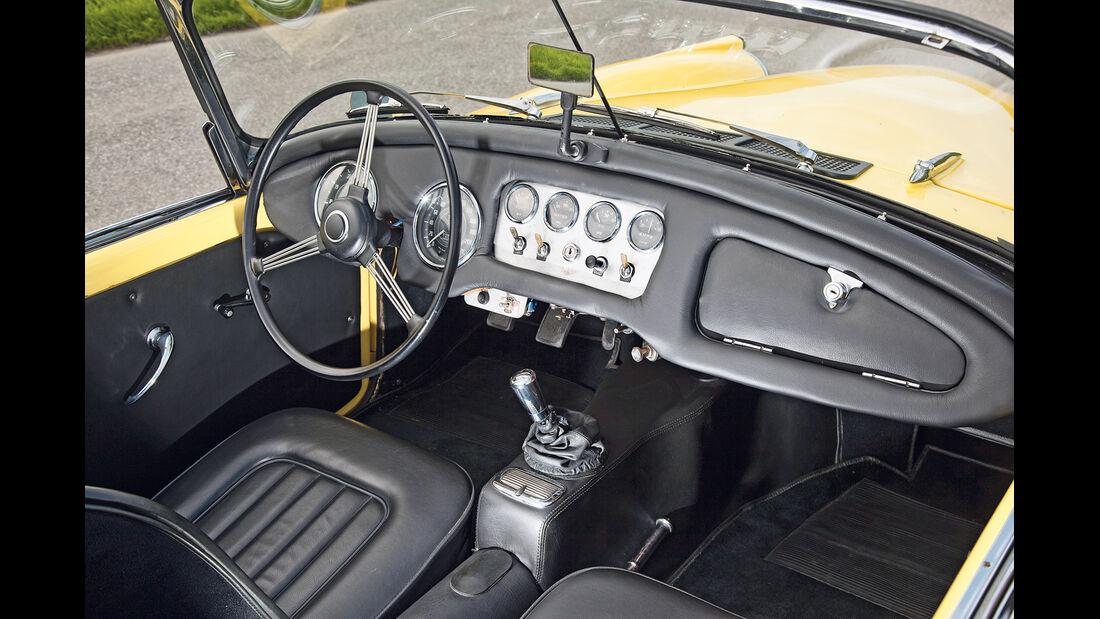 Daimler SP 250, Cockpit, Lenkrad
