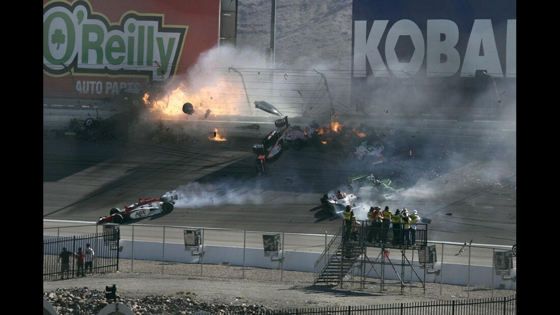 Dan Wheldon Indycar Crash Las Vegas 2011