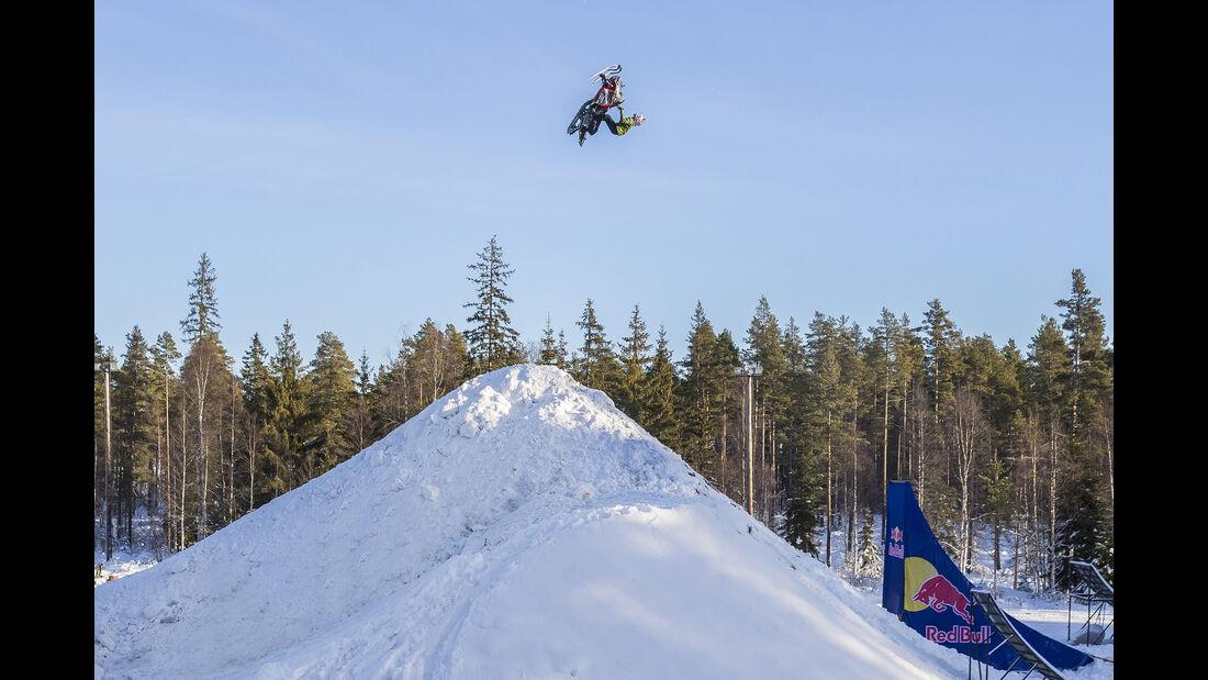 Daniel Bodin - Schneemobil - Stunt - 2017