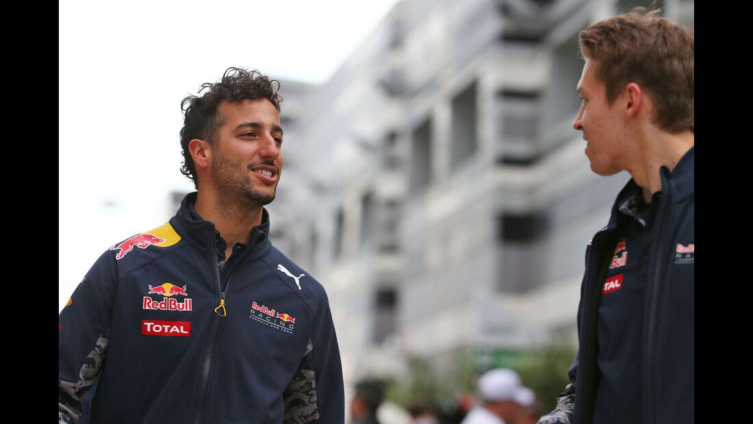 Daniel Ricciardo - Daniil Kvyat - Red Bull  - Formel 1 - GP Russland - 29. April 2016