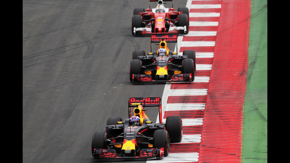 Daniel Ricciardo - Max Verstappen - Red Bull- Formel 1 - GP Österreich - 3. Juli 2016
