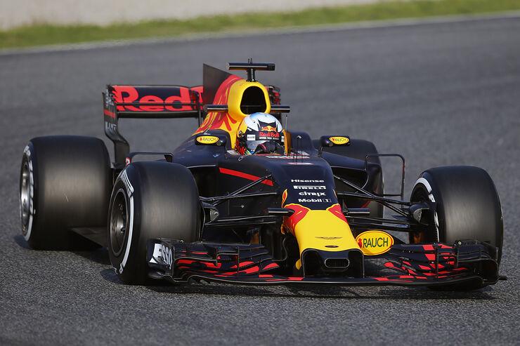 https://imgr1.auto-motor-und-sport.de/Daniel-Ricciardo-Red-Bull-F1-Test-Barcelona-27-Februar-2017-fotoshowBig-47861814-1009289.jpg