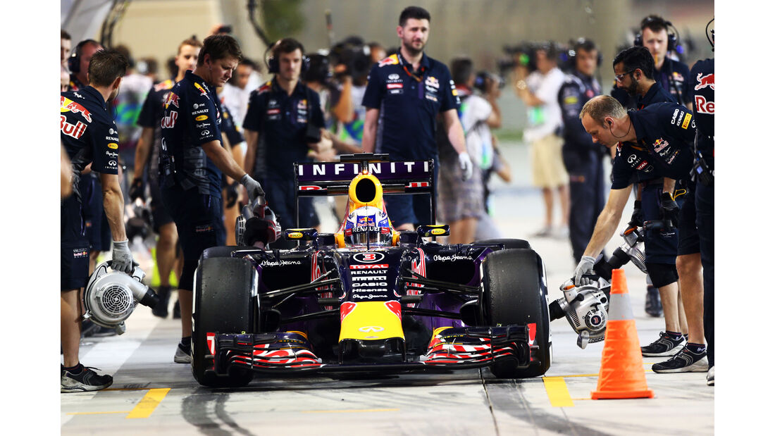 Daniel Ricciardo - Red Bull - Formel 1 - GP Bahrain -  17. April 2015