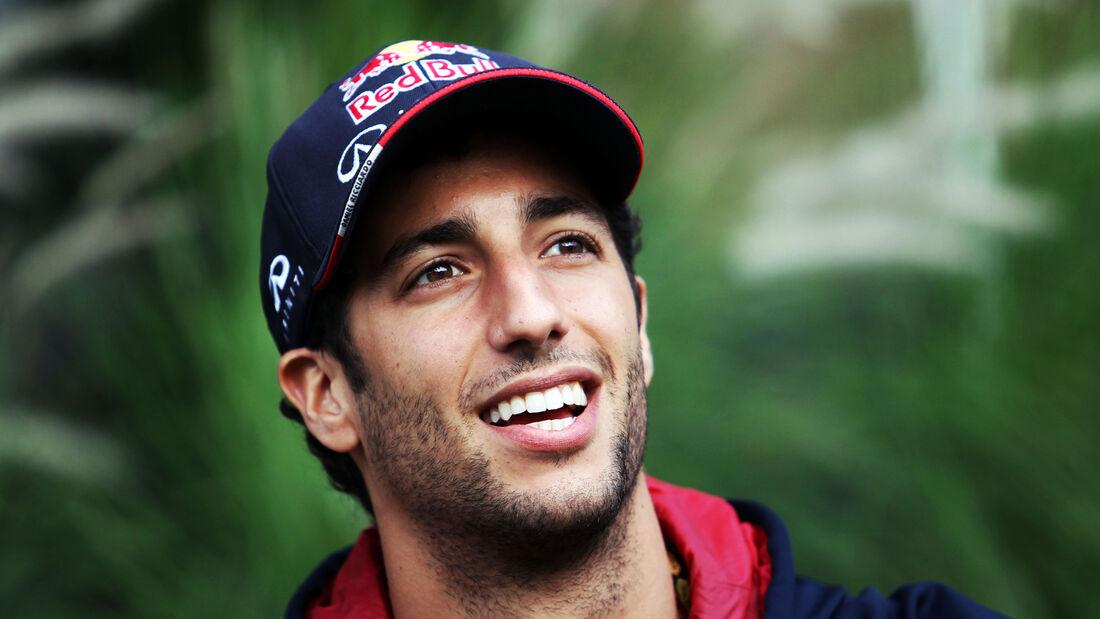 Daniel Ricciardo - Red Bull - Formel 1 - GP Bahrain - Sakhir - 3. April 2014