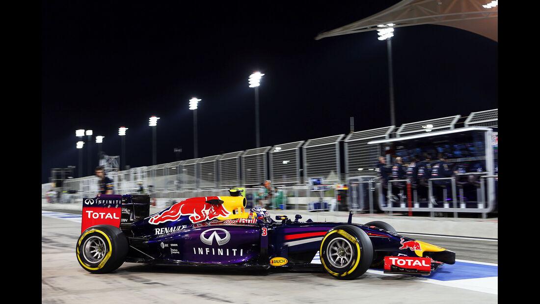 Daniel Ricciardo - Red Bull - Formel 1 - GP Bahrain - Sakhir - 4. April 2014