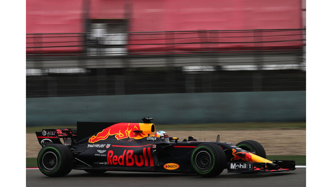 Daniel Ricciardo - Red Bull - Formel 1 - GP China - Shanghai - Freitag - 7.4.2017