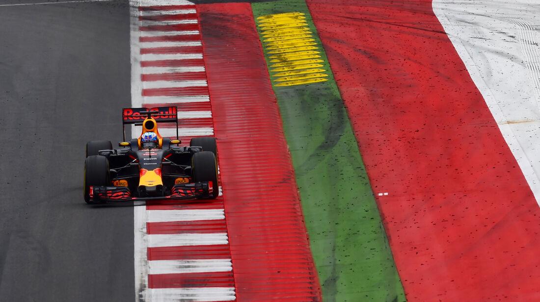 Daniel Ricciardo -Red Bull - Formel 1 - GP Österreich - 3. Juli 2016