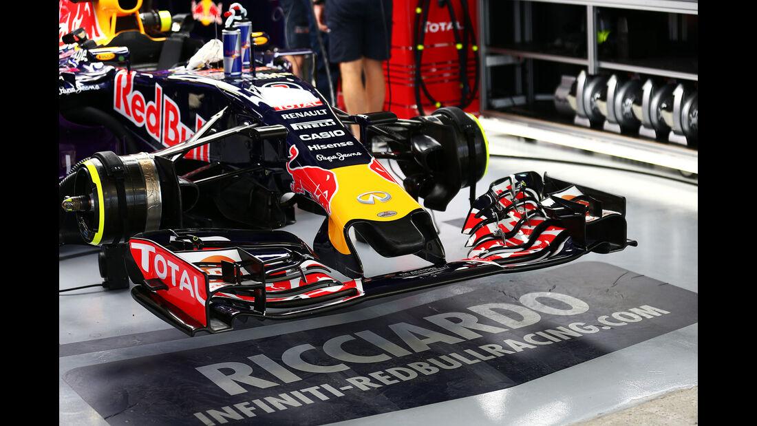 Daniel Ricciardo - Red Bull - Formel 1 - Sochi - GP Russland - 9. Oktober 2015