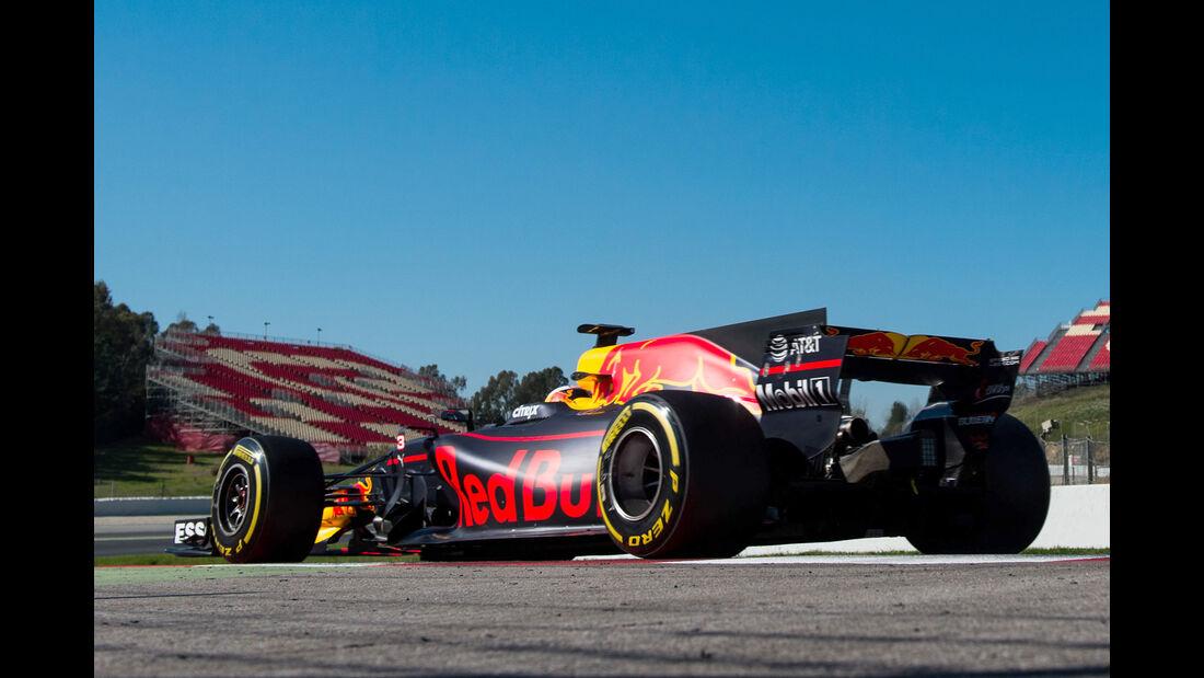 Daniel Ricciardo - Red Bull - Formel 1 - Test - Barcelona - 1. März 2017