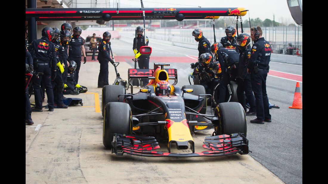Daniel Ricciardo - Red Bull - Formel 1 - Test - Barcelona - 8. März 2017
