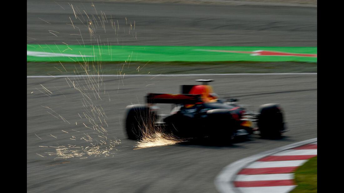 Daniel Ricciardo - Red Bull -  GP China 2017 - Qualifying - 8.4.2017