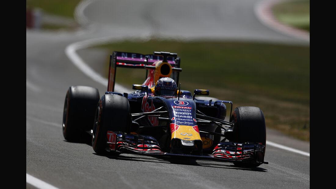 Daniel Ricciardo - Red Bull - GP England - Silverstone - Freitag - 3.7.2015