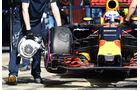 Daniel Ricciardo - Red Bull - Pirelli-Ultrasoft - Barcelona-Test - 2016
