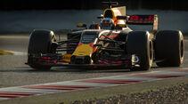 Daniel Ricciardo - Red Bull RB13 - Barcelona - Testahrten