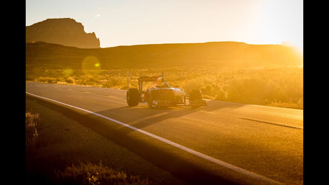 Daniel Ricciardo - Red Bull RB7 - F1 - Roadtrip USA - 2018