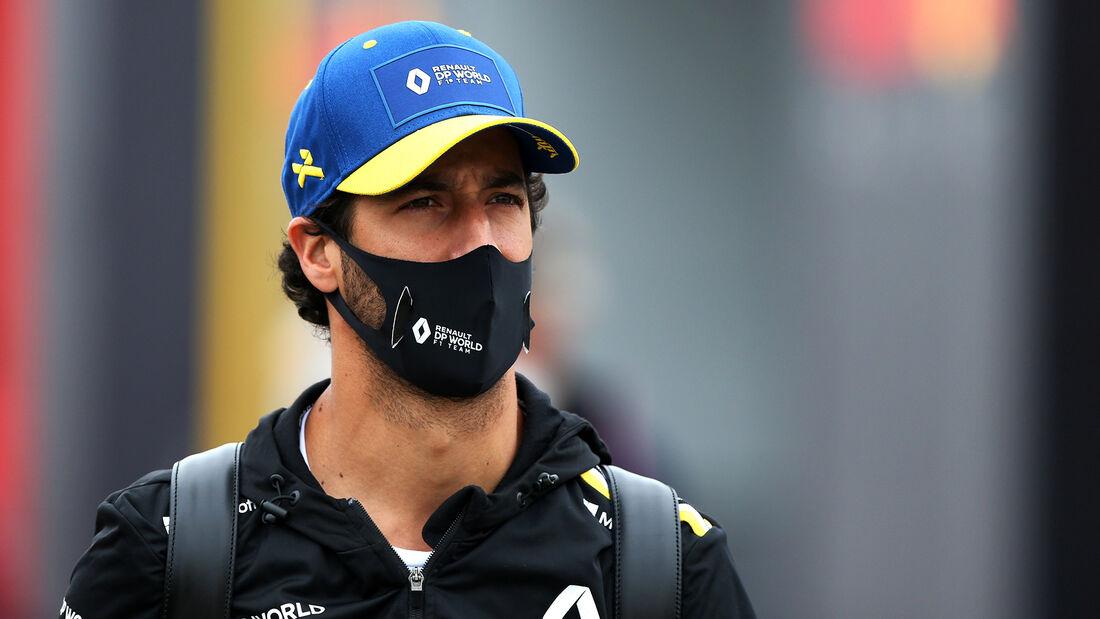 [Imagen: Daniel-Ricciardo-Renault-Formel-1-GP-Ung...707528.jpg]