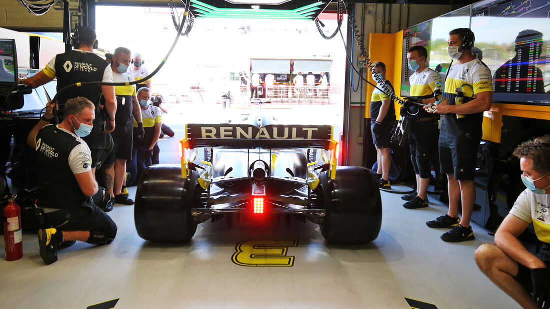 [Imagen: Daniel-Ricciardo-Renault-GP-Toskana-Muge...722604.jpg]