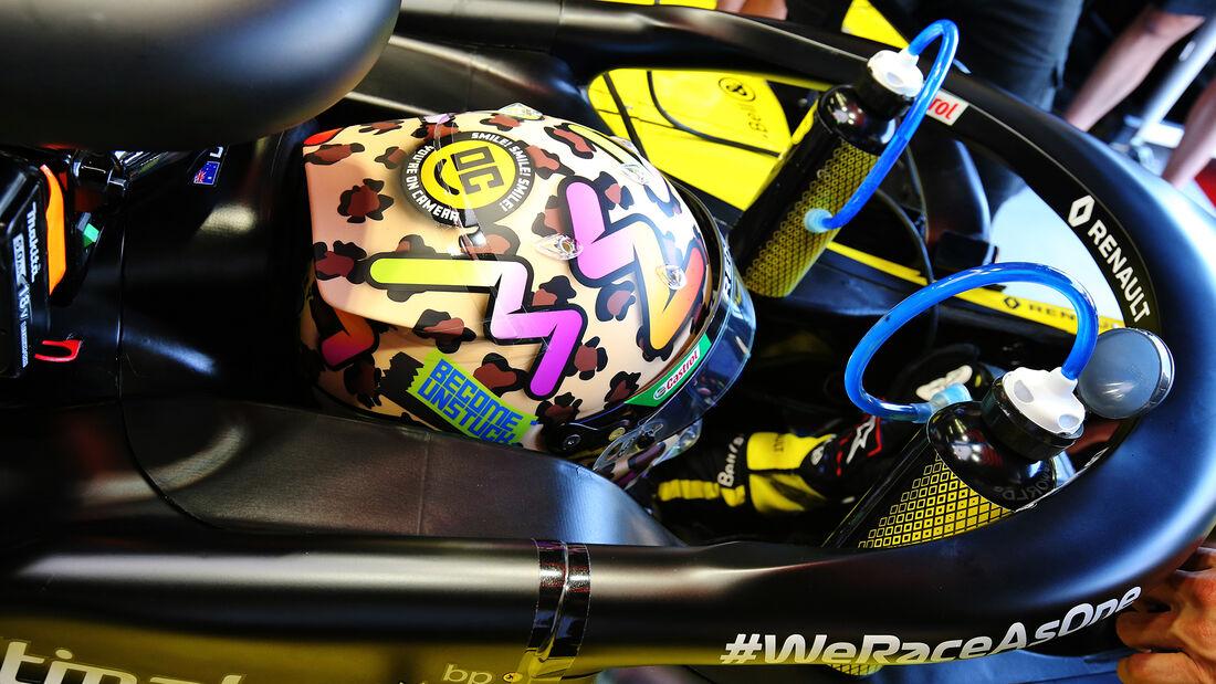[Imagen: Daniel-Ricciardo-Renault-GP-Toskana-Muge...722578.jpg]