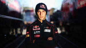 Daniel Ricciardo Toro Rosso F1 Test Barcelona 2013