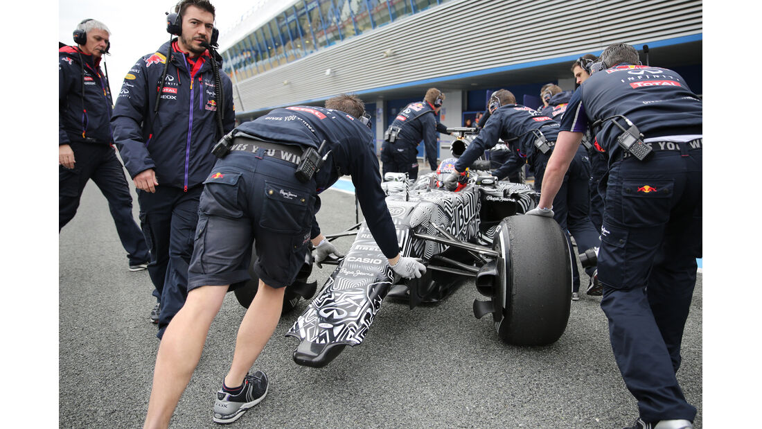 Daniil Kvat - Red Bull - Formel 1-Test - Jerez - 2. Februar 2015