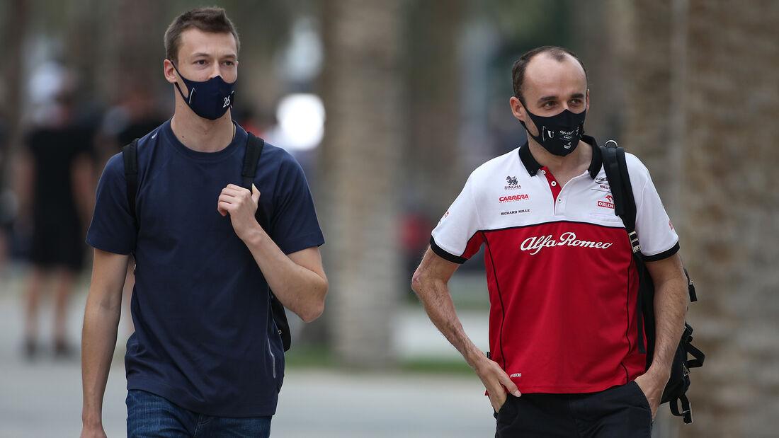 Daniil Kvyat - Alpha Tauri - Robert Kubica - Alfa Romeo - Formel 1 - GP Bahrain- Sakhir - Freitag - 27.11.2020