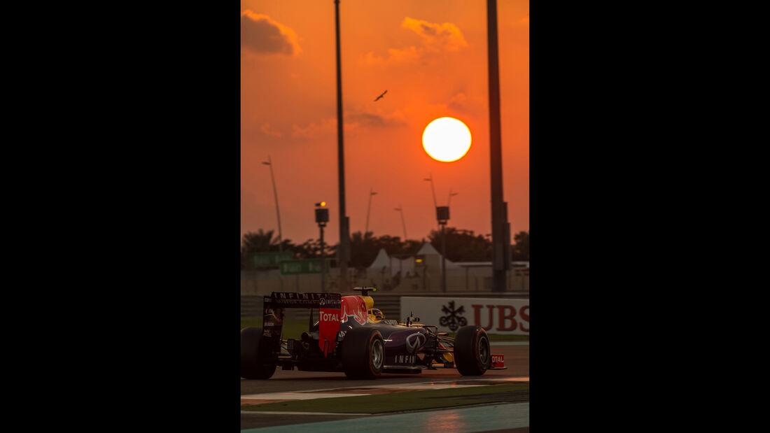 Daniil Kvyat - Danis Bilderkiste - GP Abu Dhabi 2015