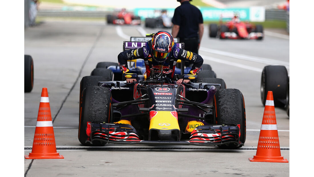 Daniil Kvyat - GP Malaysia 2015