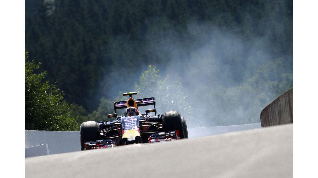 Daniil Kvyat - Red Bull - Formel 1 - GP Belgien - Spa-Francorchamps - 22. August 2015