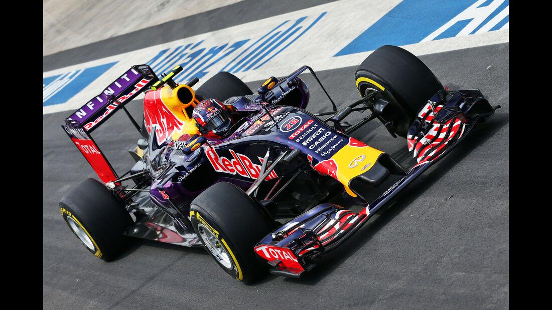 Daniil Kvyat - Red Bull - Formel 1 - GP Brasilien- 14. November 2015