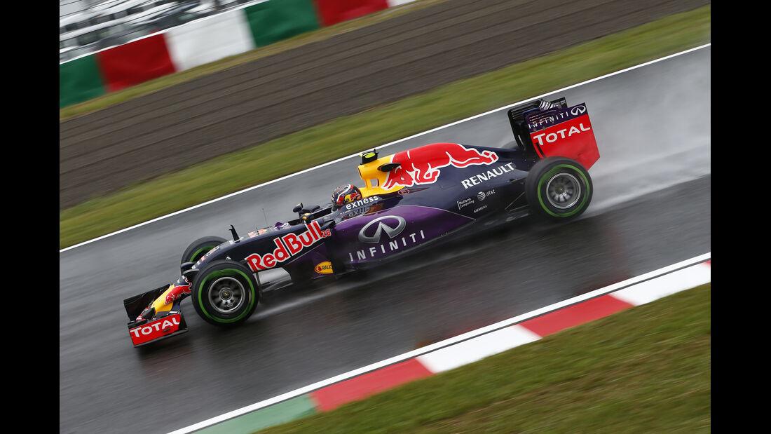 Daniil Kvyat - Red Bull - Formel 1 - GP Japan - Suzuka - 25. September 2015