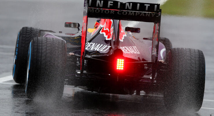 Daniil Kvyat - Red Bull - Formel 1 - GP Japan - Suzuka - 25. September 2015