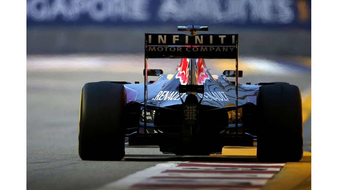 Daniil Kvyat - Red Bull - Formel 1 - GP Singapur - 20. September 2015