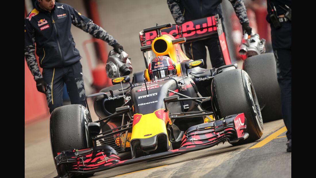 Daniil Kvyat - Red Bull - Formel 1-Test - Barcelona - 25. Februar 2016