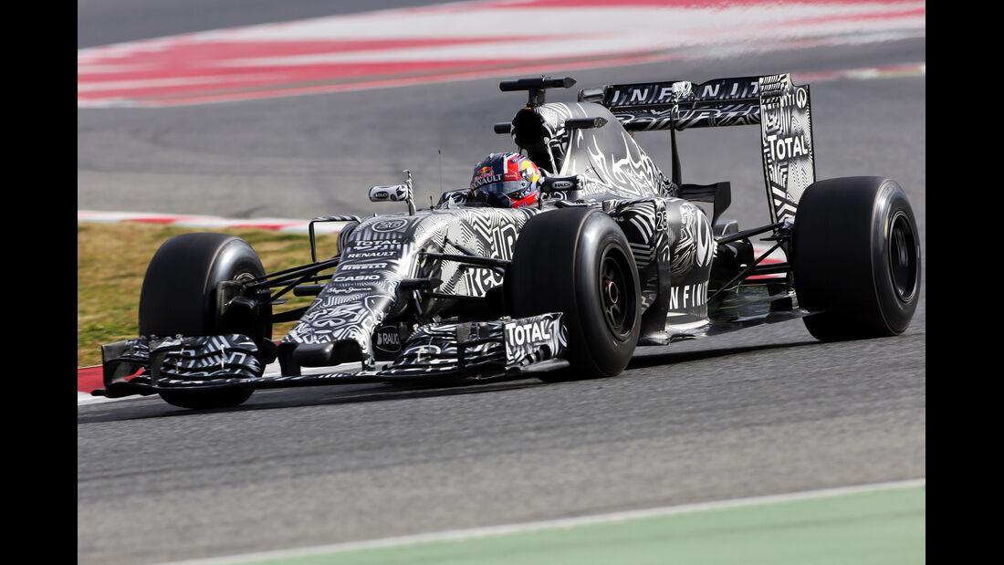 Daniil Kvyat - Red Bull  Formel 1-Test - Barcelona - 26. Februar 2015